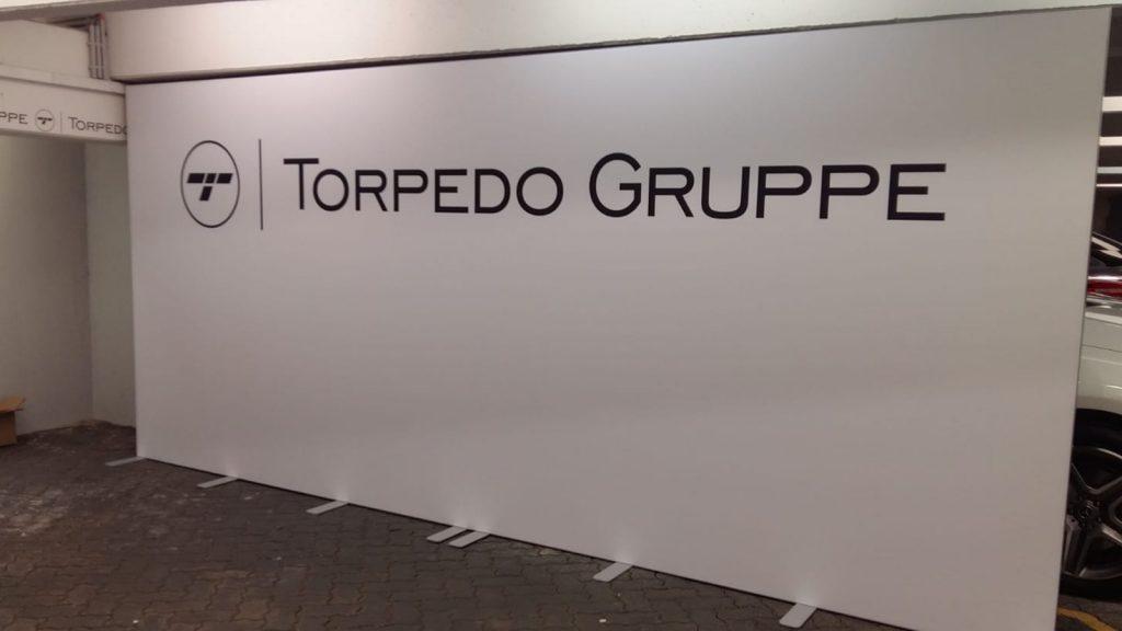 Torpedo Garage Spannrahmensystem inkl. Druck und Montage